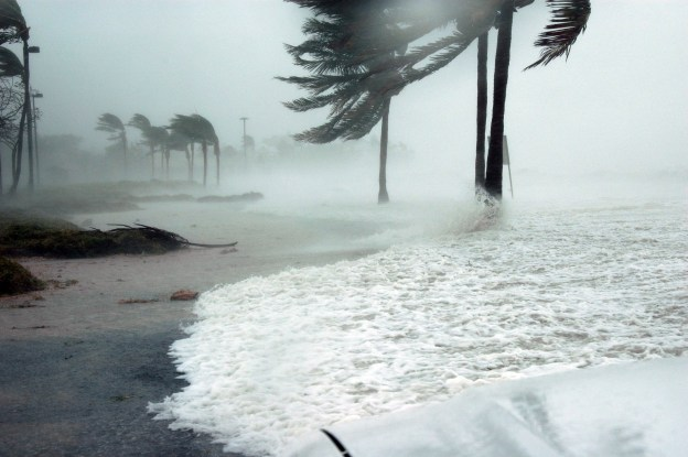 hurricane-making-landfall-at-key-west.jpg