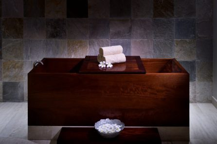 Emerald Palace Kempinski Dubai - Spa Japanese bath