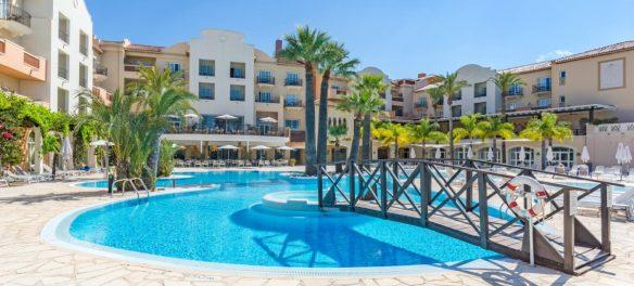 https://www.marriott.com/hotels/travel/alcmm-denia-marriott-la-sella-golf-resort-and-spa/