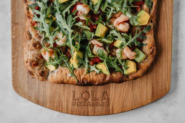 LOLA_Pizza_Krevetki avocado rukkola-048