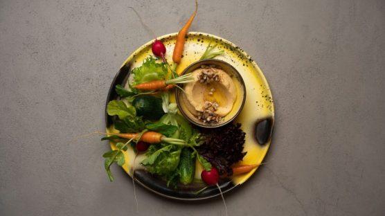 ovoshi-s-humusom
