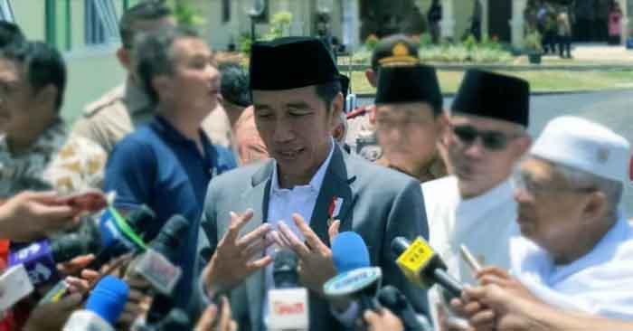 Presiden Jokowi Serahkan 5.000 Sertifikat Hak Atas Tanah di Banten