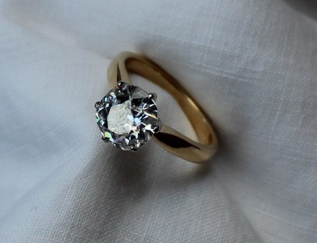 A solitaire diamond ring, the round old cut diamond, approximately 3 carats. Sold for £3,000 at Anthemion Auctions