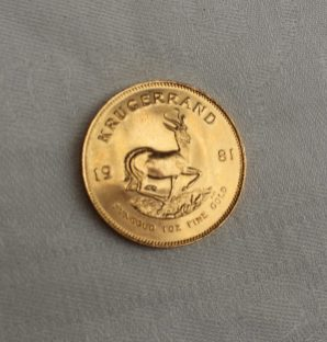 A 1981 gold Krugerrand. Sold for £830 at Anthemion Auctions