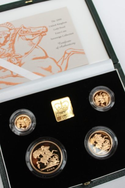 An Elizabeth II 2000 United Kingdom gold proof four-coin sovereign collection, comprising a five pounds, two pounds, sovereign and half sovereign, No.0734/1000 in original case. Sold for £1,400 at Anthemion Auctions
