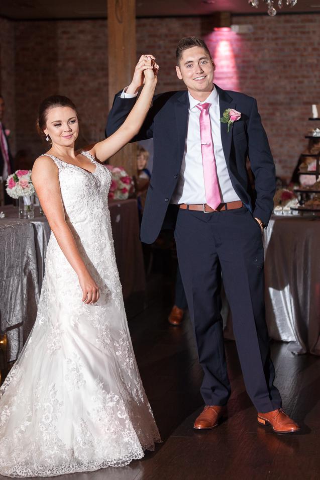 - Kansas City Wedding Photographer | Aspen Room Wedding | Downtown Lee's Summit Weddings | Lees Summit Wedding Photographer - www.anthem-photo.com - 070