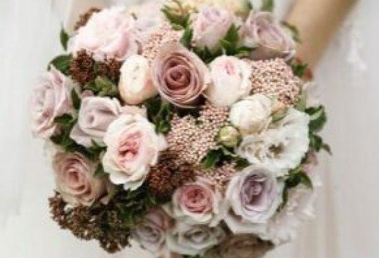 τριαντάφυλλα για στολισμό γάμου