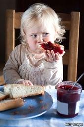 kid-eat-marm