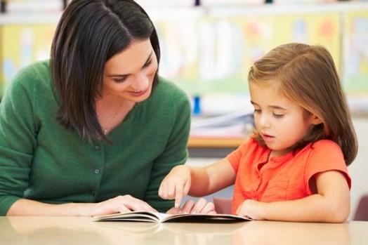 teacher-pupil-girl