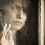 Η καταστροφολογία ως τρόπος σκέψης: πως μας αποδιοργανώνει τη ζωή