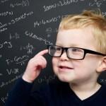 13 συμπεριφορές και συνήθειες που συνδέονται επιστημονικά με έξυπνους ανθρώπους