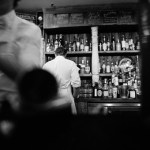 Γιατί οι έξυπνοι άνθρωποι έλκονται από τη γοητεία του αλκοόλ και της νύχτας