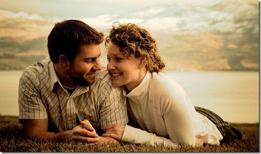 36032455-couple-pics