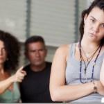 """Ο εκρηκτικός έφηβος Τα """"πρέπει"""" και τα """"μη"""" στη συμπεριφορά των γονιών"""