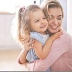 Τα βασικά βήματα που ευνοούν την καλή συναισθηματική υγεία των παιδιών