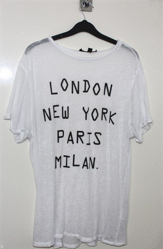Topshop Tall City Slogan T-Shirt: Current Price £2.00 http://www.ebay.co.uk/itm/Topshop-Tall-White-City-Slogan-T-Shirt-UK-12-/322262481013?hash=item4b08573875:g:OkQAAOSwmfhX2kNf