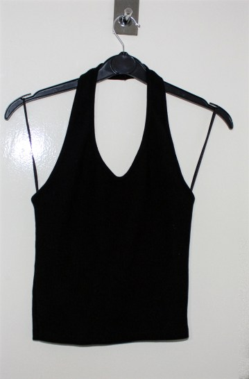 Topshop Tall Black Ribbed Halterneck Crop Top: Current Price £4.00 http://www.ebay.co.uk/itm/Topshop-Tall-Black-Ribbed-Halterneck-Crop-Top-UK-10-/322261020810?hash=item4b0840f08a:g:re0AAOSwLnBX2Ho4