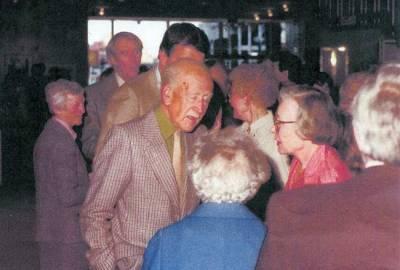 1982. Julius & Mrs. Griffith, Tony, A. J. Casson, Barbara Roe Hicklin & Ann McIntosh Duff. CSPWC Members Exhibition - O'Keefe Centre.