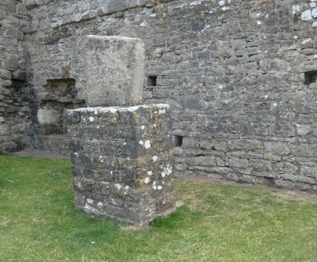Ogmore Arthur's Grave