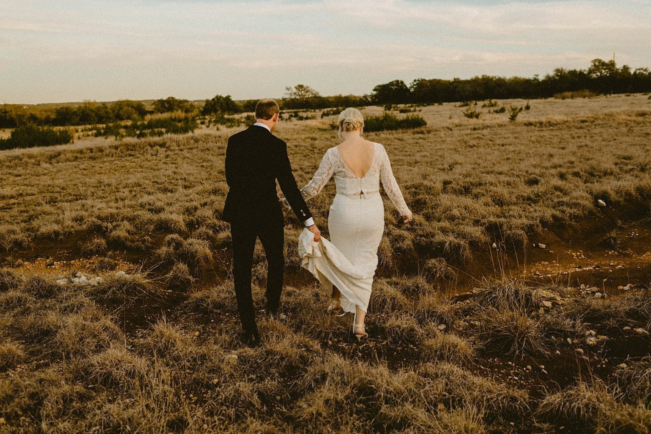 earthy texas wedding at Prospect House in Dripping Springs, TX