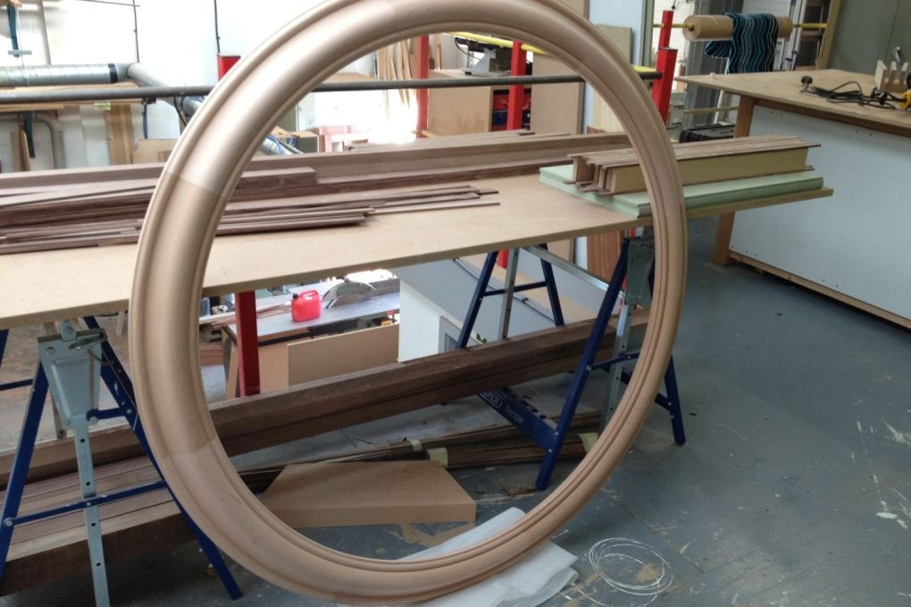 Large Circular Moulded Mirror Frame-gallery