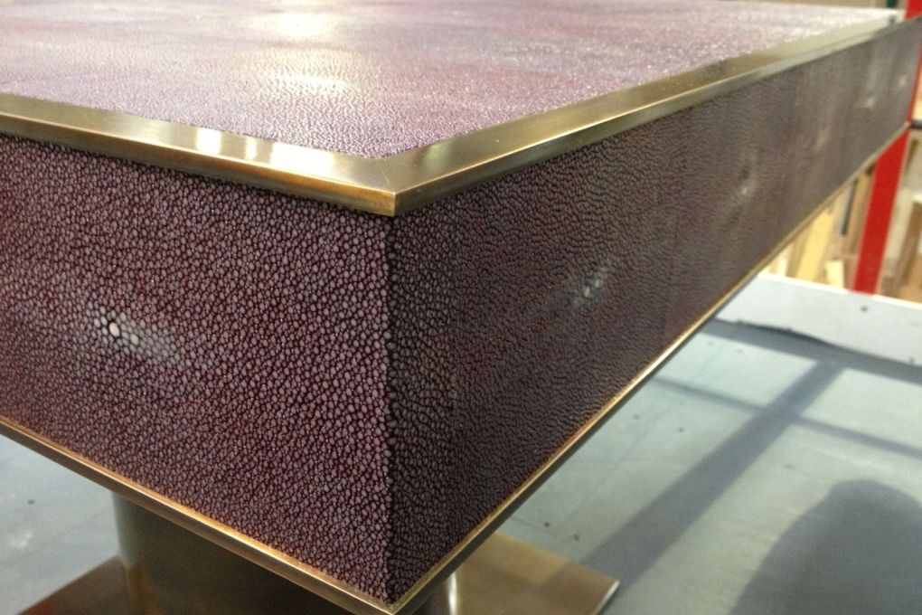 Side Table Brass and Shagreen Detail-gallery