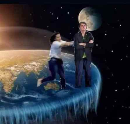 The perks of a flat Earth is that it has edges (image: @memeriagourmet)