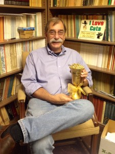 Dr. Lovis with his Chili Award, via Silva