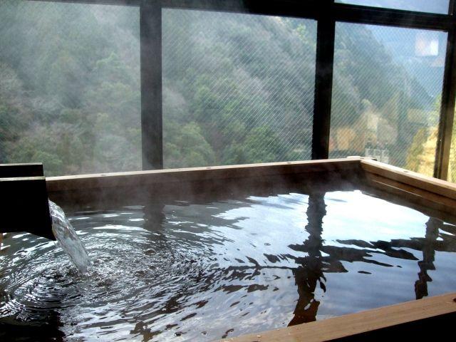 熱めのお湯の温泉の写真
