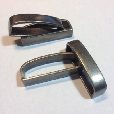 Шлевки для ремней металлические