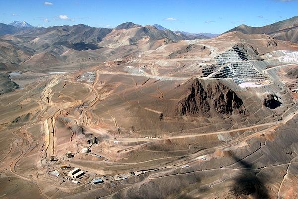 argentina-extends-barricks-veladero-gold-mine-halt-until-end-of-october