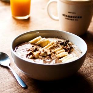 Porridge de la demi-lune à la caroube