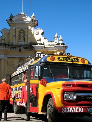 Marimba Orquesta Chicken Bus Ave Lira