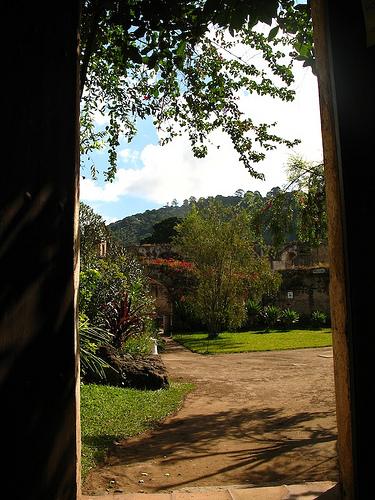 San Clara Ruins Garden