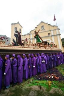 2011 Jesús de Santa Inés Procession by Leonel -Nelo- Mijangos