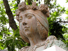 Isabel La Catolica Monument Close-Up by Rudy Girón