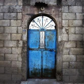 Colorfu Bluel Doors by Rudy Girón