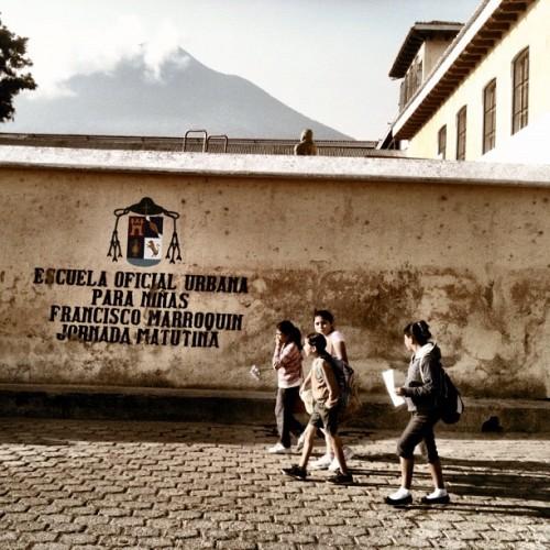 Girls going to the Francisco Marroquín public school by Rudy Girón