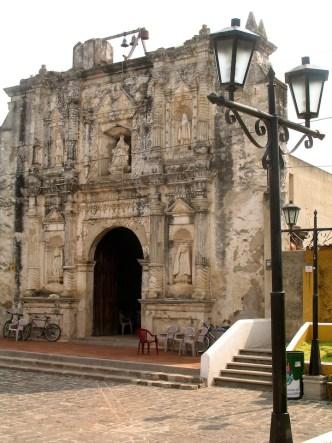 San Gaspar Vivar Church by Rudy Girón