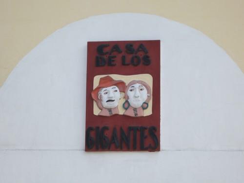 La Casa de los Gigantes sign by Rudy Giron