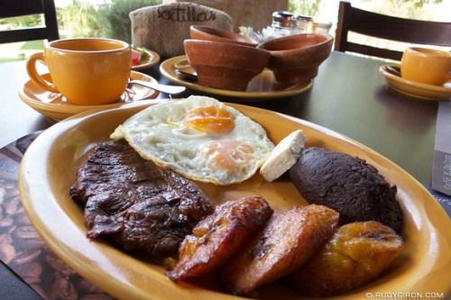 Rudy Giron: AntiguaDailyPhoto.com &emdash; Desayuno Finquero at Cafetenango