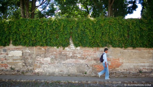 Rudy Giron: AntiguaDailyPhoto.com &emdash; Typical Wall from Antigua Guatemala