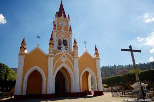 Rudy Giron: AntiguaDailyPhoto.com &emdash; The Newly Renovated Iglesia de San Felipe de Jesús