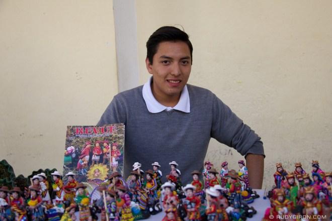 Rudy Giron: AntiguaDailyPhoto.com &emdash; El artesano de los nacimientos