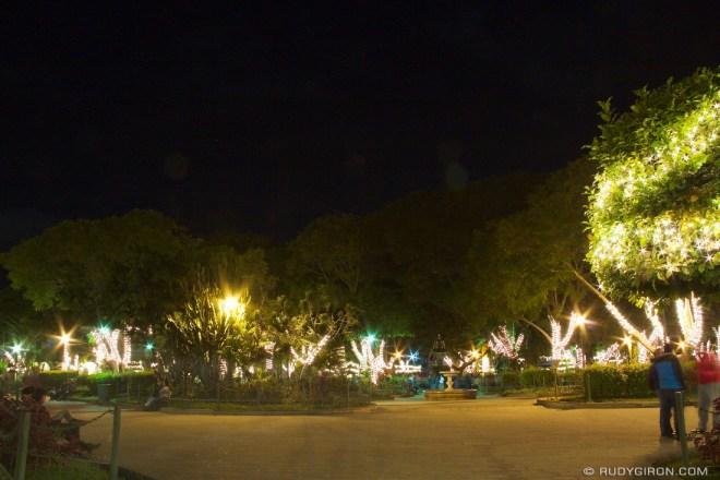 Rudy Giron: AntiguaDailyPhoto.com &emdash; Christmas Lights at Antigua Guatemala's Main Square