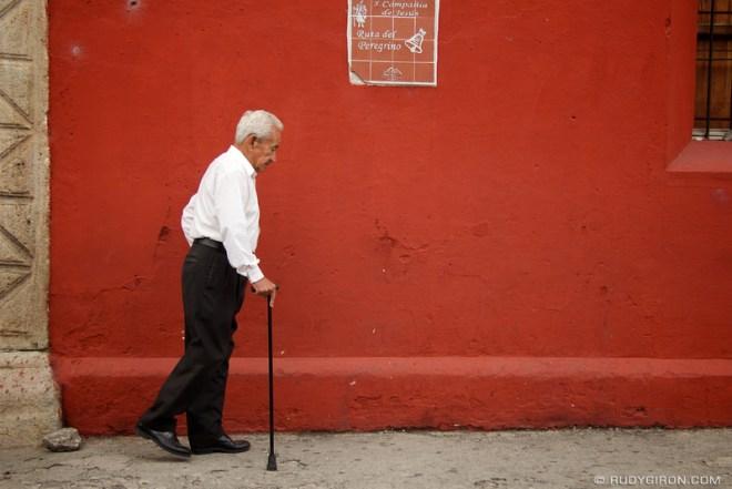 Rudy Giron: Antigua Guatemala &emdash; Ruta del peregrino