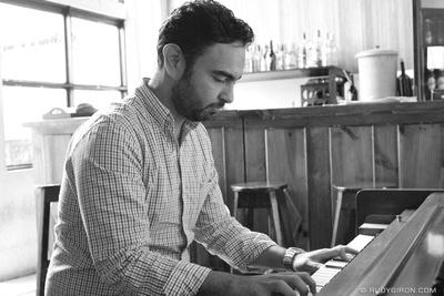 Rudy Giron: Antigua Guatemala &emdash; Piano Man