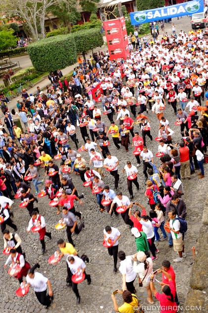 Rudy Giron: Antigua Guatemala &emdash; Carrera de Las Charolas 2015