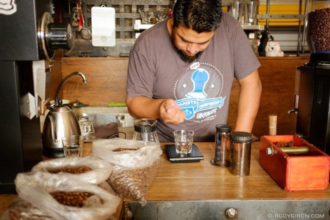 Rudy Giron: Antigua Guatemala &emdash; Cupping at Antigua Coffee Workshops  2