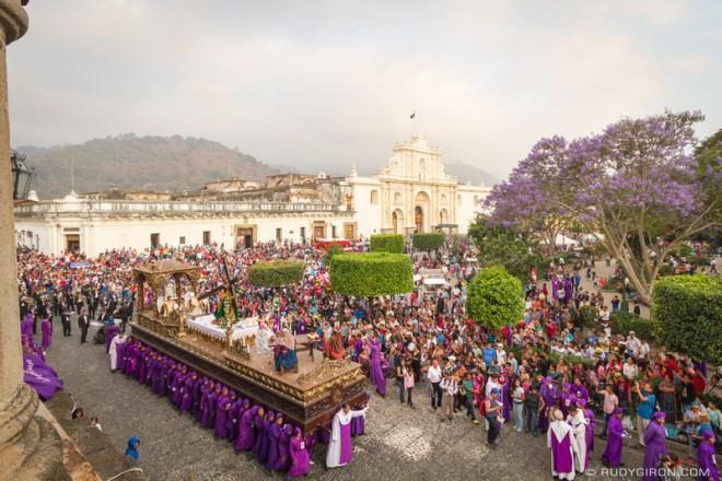Rudy Giron: Antigua Guatemala &emdash; Holy Week Processions — Jesús del Perdón from San Francisco El Grande 4